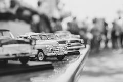 Novokuzneck, Rosja - 07 07 2018: zabawkarscy samochody przy wystawą Fotografia Royalty Free