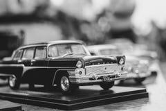 Novokuzneck, Rosja - 07 07 2018: zabawkarscy samochody przy wystawą Zdjęcia Royalty Free