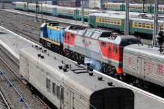 Novosibirsk. Lokomotiven auf zentraler Station Lizenzfreies Stockbild