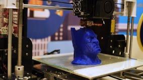 Novosibirsk, Rússia - 21 de fevereiro de 2018: cópia da impressora 3d um close up da cabeça do batman filme