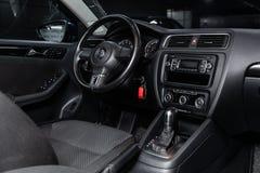 Novosibirsk Ryssland - Januari 25, 2019: Volkswagen Jetta royaltyfri fotografi