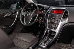Novosibirsk Ryssland Juni 14, 2019 Opel Astra arkivfoto