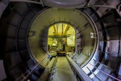 Novovoronež, Russia - 29 ottobre 2014: L'ingresso di trasporto ad un reattore nucleare per la sostituzione di combustibile nuclea Fotografie Stock Libere da Diritti