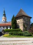 novy的jicin 老塔楼和教会 库存图片