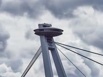 Novy Najwięcej mosta lub UFO most w Bratislava, Sistani zdjęcia stock