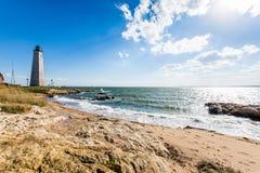Nowa Anglia latarnia morska w latarnia morska punktu parku w Nowym przystań przeciwie Obraz Stock