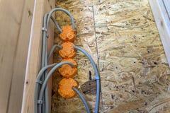 Nowa elektryczna instalacja, gniazdkowy elektryczny i Zdjęcie Stock