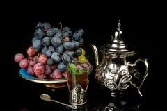 Nowa herbata i winogrona Fotografia Royalty Free