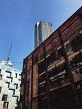 Nowa i Stara budynek fotografia obrazy stock
