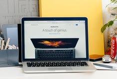 Nowa MacBook Pro siatkówka z dotyka barem odrobina geniusz Obraz Royalty Free