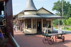 NOWA nadzieja, PA - SIERPIEŃ 11: Nowa nadziei i Ivyland sztachetowa droga jest dziedzictwo pociągu linią dla gości iść na turysty Obrazy Royalty Free