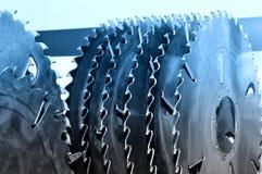 Nowa nowożytna przemysłowa kurenda zobaczył dyski Błękit tonujący zdjęcie stock