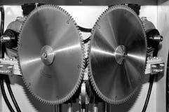 Nowa nowożytna przemysłowa kurenda zobaczył dyski obraz tonujący obraz stock