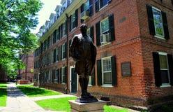 Nowa przystań, CT: Nathan Krzepka statua przy uniwersytetem yale Obrazy Stock