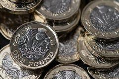 Nowe funtowe monety przedstawiać w Brytania w 2017 Zdjęcie Stock