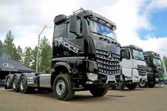 Nowe Mercedes-Benz Arocs Trwałe ciężarówki Zdjęcia Royalty Free