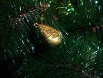 Nowego Roku ` s dekoracyjna złota kropla Zdjęcia Royalty Free