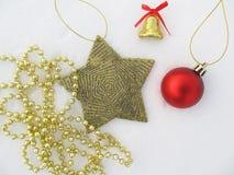 Nowego Roku ` s i Bożenarodzeniowe dekoracje ustawiać gwiazdy, dzwony, piłka Zdjęcie Stock