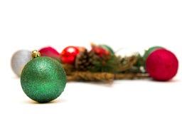 Nowego Roku skład z zieloną piłką Obrazy Royalty Free