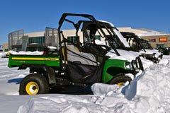 Nowi John Deere Gators zakrywający z śniegiem zdjęcie royalty free