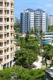 Nowi nowożytni budynki w Salaam, Afryka komunalne jeden Moscow panoramiczny widok Zdjęcie Royalty Free