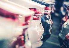 Nowi samochody w handlowa zapasie obraz royalty free