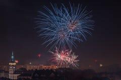 Nowi Year's wigilii fajerwerki w bielsku, Polska obraz royalty free