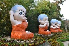 Nowicjusz statua przy Raja Chern Tawan Obrazy Stock