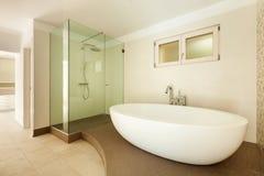 Nowożytna łazienka obrazy stock