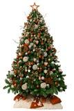 Nowożytna choinka dekorująca z roczników ornamentami i białymi prezentami pojedynczy białe tło fotografia royalty free