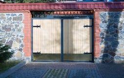 Nowożytna domowa brama Obrazy Royalty Free