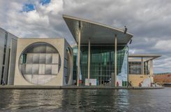 Nowożytna i współczesna architektura w Berlin fotografia royalty free