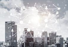 Nowożytna miasta i socjalny sieć jako pojęcie dla globalnego networking zdjęcia royalty free
