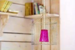 Nowożytna obwieszenie rożka lampa Różowy kolor Zdjęcia Royalty Free