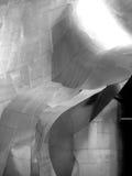 Nowożytna stali nierdzewnej architektura przy EMP muzeum w Seattle fotografia stock