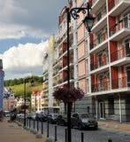 Nowożytna ulica, mieszkaniowa ćwiartka Obraz Royalty Free