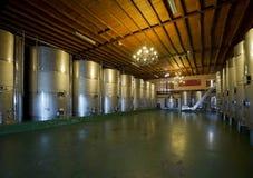 Nowożytna wytwórnia win, wnętrze Obrazy Stock