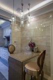 Nowożytnego luksusowego wnętrze domu projekta dekoraci kuchenna pije prętowa willa Zdjęcie Royalty Free