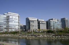 Nowożytni budynki mieszkaniowi fotografia royalty free