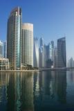 Nowożytni budynki w Dubaj Marina Zdjęcie Stock