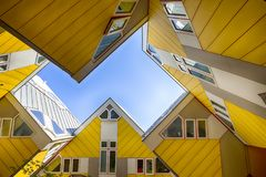 Nowożytni budynku miasta architektury projekta elementy Znać jako Kubiczni domy Zdjęcia Royalty Free