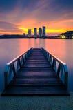 Nowożytny łódkowaty etty podczas wschodu słońca Obrazy Royalty Free