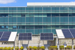 Nowożytny biuro z energią słoneczną Zdjęcie Stock