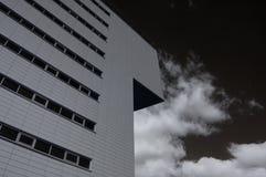 Nowożytny budynek. Infrared foto Zdjęcie Stock