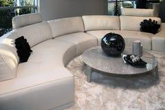 Nowożytny domowy żywy izbowy meble Fotografia Royalty Free