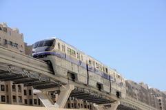 nowożytny Dubai monorail obrazy royalty free