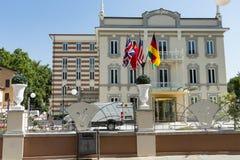 Nowożytny hotel w mieście -7 Obraz Royalty Free