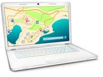 Nowożytny laptop z miasto mapą na pokazie Zdjęcia Royalty Free