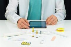 Nowożytny lekarza medycyny biura przyjęcie obraz stock