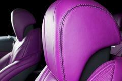 Nowożytny Luksusowy samochód inside Wnętrze prestiżu nowożytny samochód ComfoModern Luksusowy samochód inside Wnętrze prestiżu no Fotografia Stock